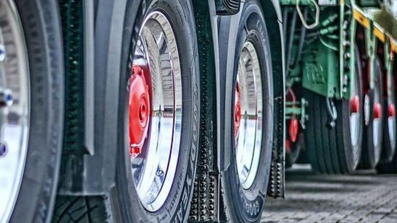 Consejos básicos para el transporte de mercancías peligrosas