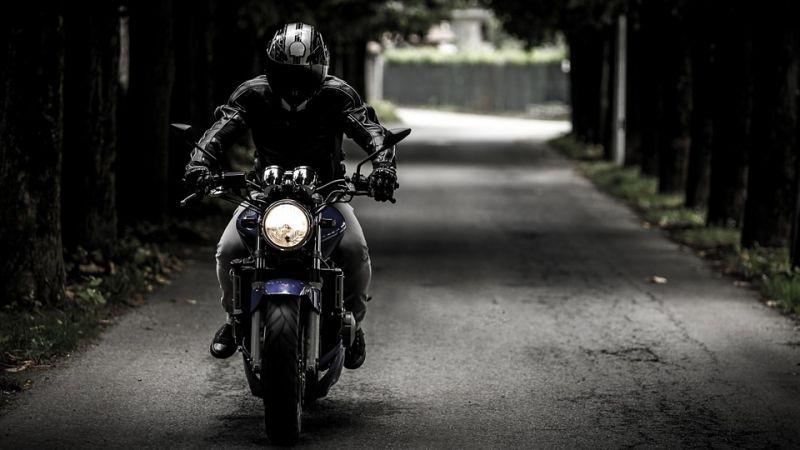 ¿Qué permiso necesito para una moto?